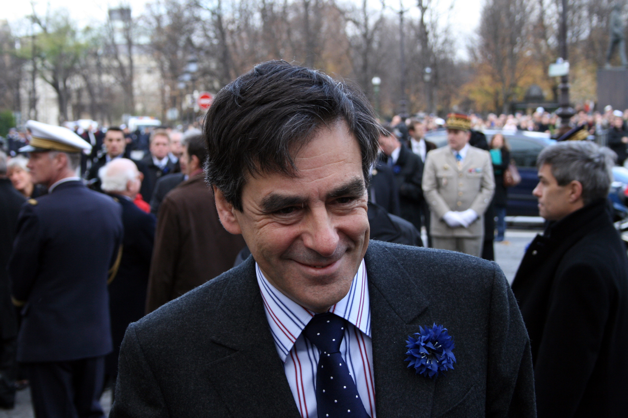 who is Francois Fillon - Alvexo