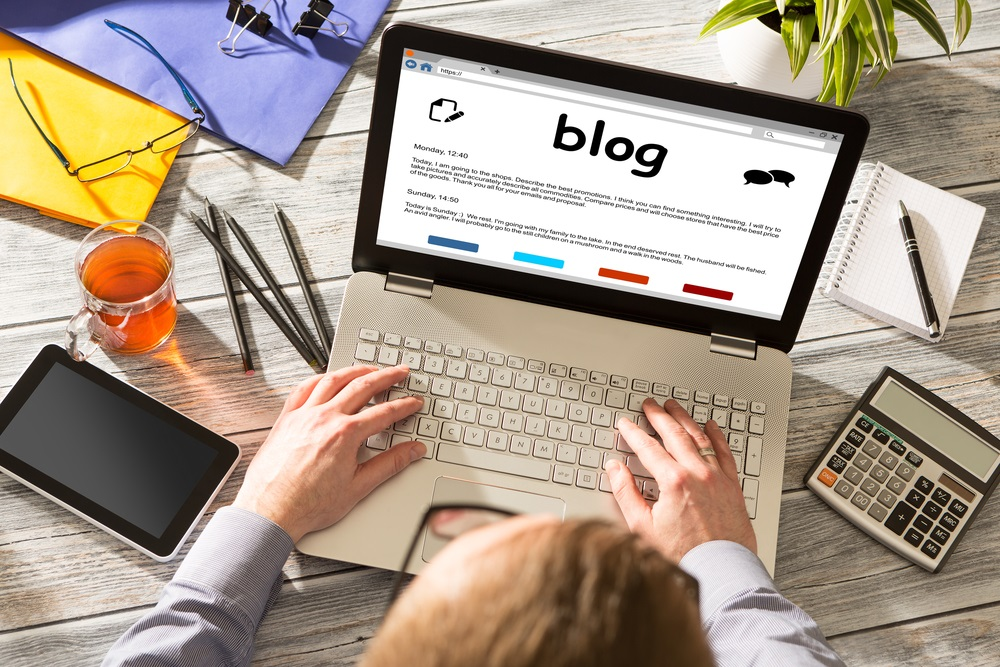 Start A Blog to Make Money Online - Alvexo