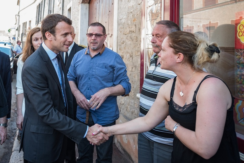 Macron meeting with the people