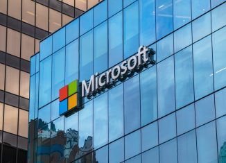 Microsoft prend la main sur le cloud américain, Amazon conteste